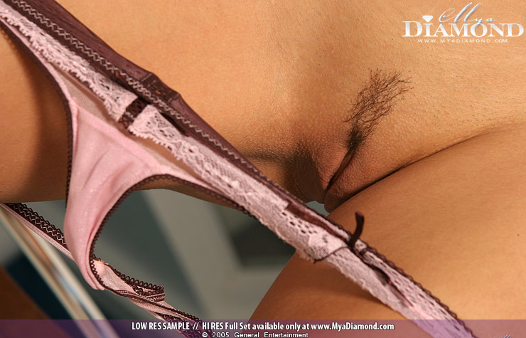 Mya Diamond Review - Pussy Panties Down